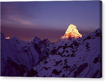 Sunrise At Mt. Ama Dablam Canvas Print by Pal Teravagimov Photography