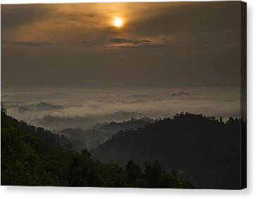 Canvas Print featuring the photograph Sunrise At Panorama Hill by Ng Hock How