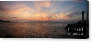 Canvas Print featuring the photograph Sunrise At Portland Headlight by David Bishop