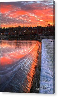 Sunrise At The Dam Canvas Print