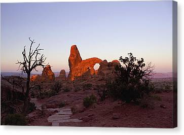 Sunrise At Tower Arch Canvas Print
