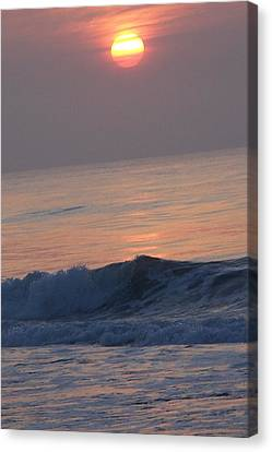 Sunrise At Wrightsville Beach Canvas Print