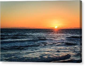 Sunrise In Nags Head Canvas Print