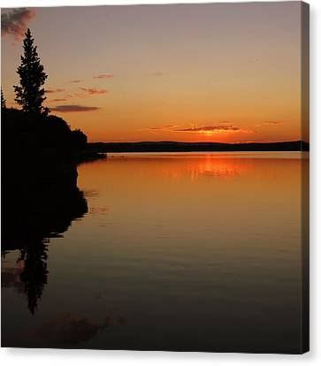 Canvas Print featuring the photograph Sunrise On Heart Lake by Karen Shackles