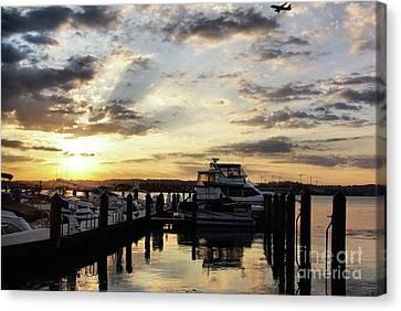 Sunrise On The Alexandria Waterfront Canvas Print