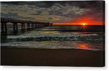 Sunrise On The Water Canvas Print