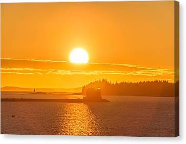 Sunrise Over Rockland Harbor Lights Canvas Print