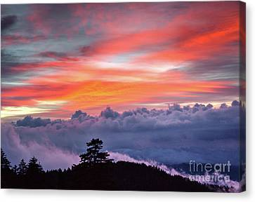 Canvas Print featuring the photograph Sunrise Over The Smoky's II by Douglas Stucky