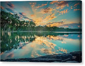 Sunrise Over Willow Bay Canvas Print
