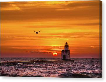 Canvas Print featuring the photograph Sunrise Solo by Bill Pevlor