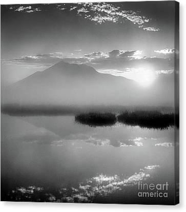 Sunrise Canvas Print by Tatsuya Atarashi