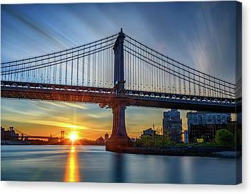 Sunrise Under The Manhattan Bridge Canvas Print by Rick Berk