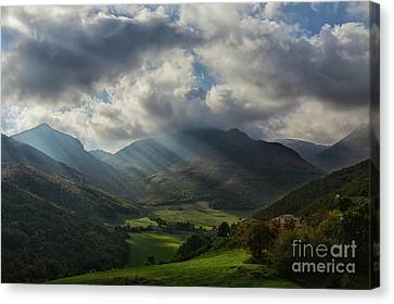 Sun's Rays Light Up The Valley Canvas Print