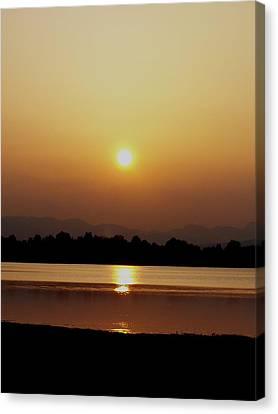 Sunset 4 Canvas Print by Travis Wilson