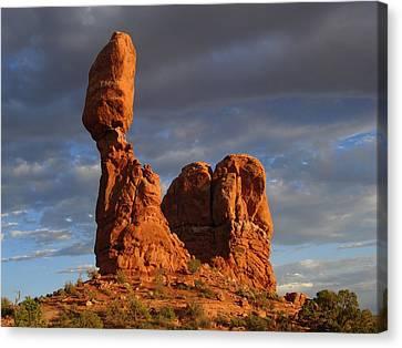 Sunset At Balanced Rock Canvas Print