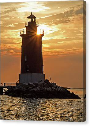 Canvas Print featuring the photograph Sunset At Delaware Breakwater Light by Robert Pilkington