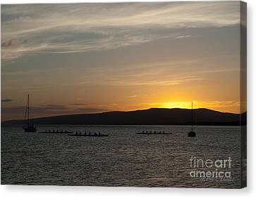 Sunset At Kaunakakai Canvas Print