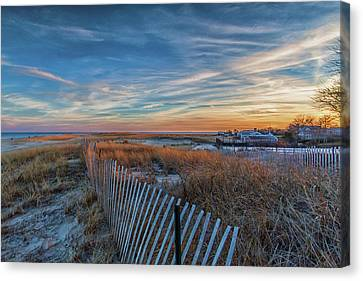 Sunset At Lighthouse Beach In Chatham Massachusetts Canvas Print