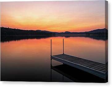 Canvas Print featuring the photograph Sunset At New Hampshire Back Lake by Juergen Roth