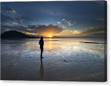 Canvas Print featuring the photograph Sunset At Phuket Island by Ng Hock How