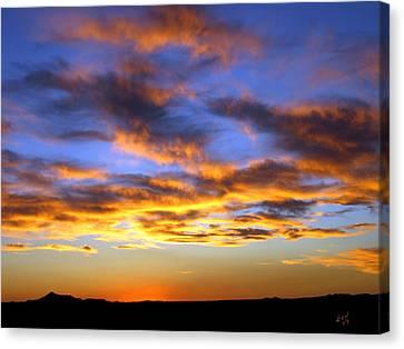 Sunset At Picacho Peak Canvas Print by Kurt Van Wagner