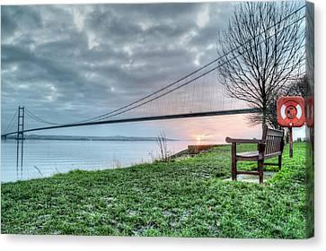 Sunset At The Humber Bridge Canvas Print by Sarah Couzens