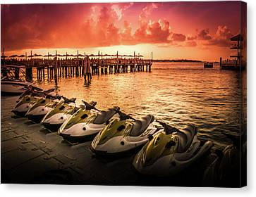 Sunset At The Oceanside Pier Canvas Print
