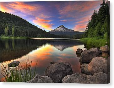 Sunset At Trillium Lake With Mount Hood Canvas Print