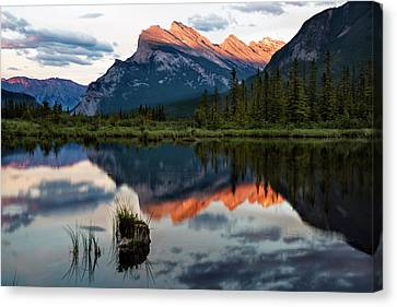 Canvas Print featuring the photograph Sunset At Vermillion Lakes, Banff Canada 2 by Dave Dilli