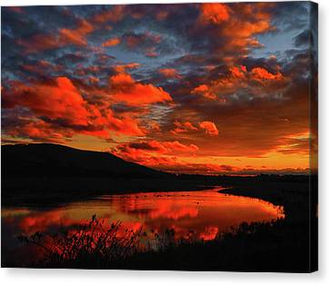 Sunset At Wallkill River National Wildlife Refuge Canvas Print