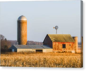 Canvas Print featuring the photograph Sunset Barn by Dan Traun