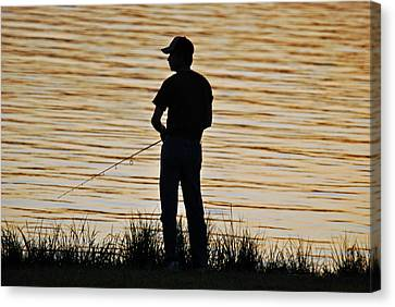 Canvas Print featuring the photograph Sunset Fishing by Teresa Blanton