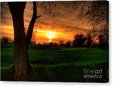 Sunset For The Past Canvas Print by Kim Shatwell-Irishphotographer