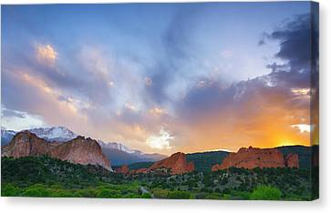 Canvas Print featuring the photograph Sunset Forever by Tim Reaves