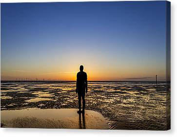 Sunset From The Beach Canvas Print by Paul Madden
