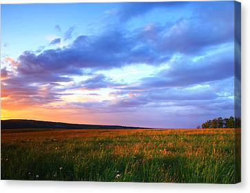 Sunset In Ithaca South Hill Canvas Print by Paul Ge