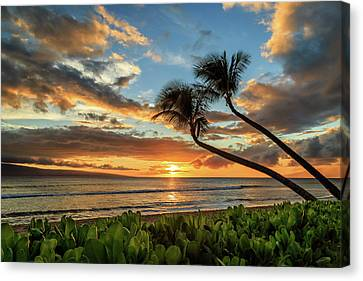 Canvas Print featuring the photograph Sunset In Kaanapali by James Eddy