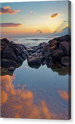 Sunset In Maui Canvas Print by Francesco Emanuele Carucci