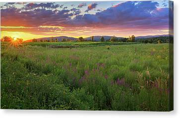 Canvas Print featuring the photograph Sunset In The Hills 2017 by Bill Wakeley