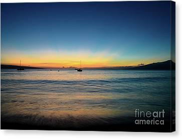 Canvas Print featuring the photograph Sunset On Ka'anapali Beach by Kelly Wade