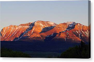 Canvas Print featuring the photograph Sunset On Sofa Mountain by Blair Wainman