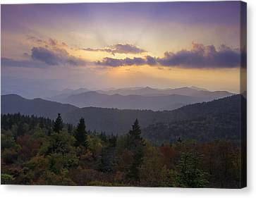 Sunset On The Blue Ridge Parkway Canvas Print by Rob Travis
