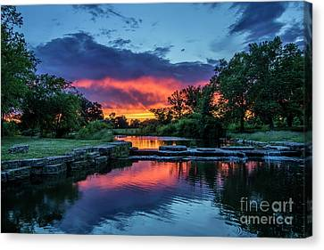 Sunset Over Deer Lake In Forest Park, St Louis, Missouri Canvas Print by Garry McMichael