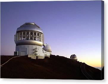 Sunset Over The Mauna Kea Observatories On Kona Canvas Print by Amy McDaniel