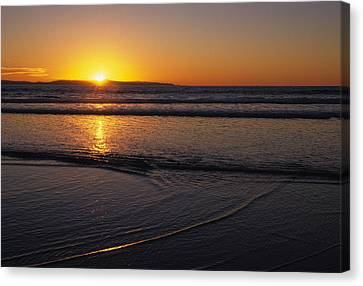 Sunset Over The Pacific Ocean Canvas Print by Stacy Gold