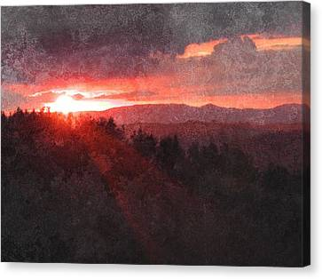 Sunset Over Umbria Canvas Print by Dorothy Berry-Lound
