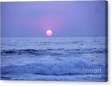 Canvas Print - Sunset Playa Zicatela Oaxaca Mexico by Linda Queally