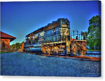 Sunset Pose Norfork Southern Locomotive 3318  Canvas Print by Reid Callaway