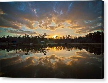 Sunset Reflections Canvas Print by Linda Unger