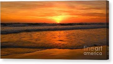 Cardiff Waves Canvas Print